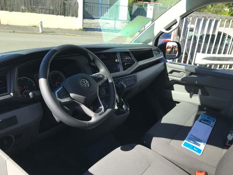Véhicule funéraire VW intérieur illustration